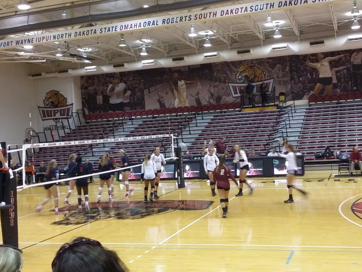 IUPUI Volleyball Tamed by Dayton Flyers inOpener